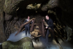 rsz_james__oliver_phelps_come_face-to-face_with_aragog_the_acromantula_in_the_forbidden_forest_at_warner_bros_studio_tour_london